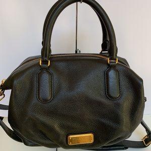 Q - Legend' Pebbled Satchel Black Leather Shoulde
